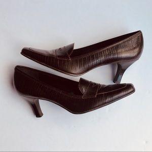 Etienne Aigner Brown Labelle Pumps Loafers